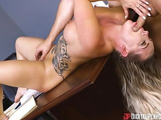 Hardcore fucking on the office table with blonde darling Cali Carter