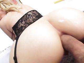 Blonde in sexy lingerie Bibi Noel gets her anus slammed