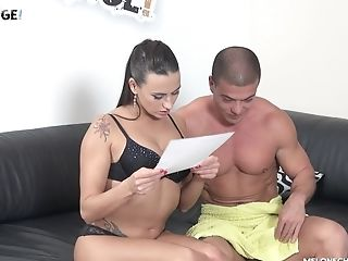 Stud has his throbbing dick taken care of by Mea Melone