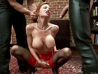 Red haired harlot Veronica Avluv gets her ass hole stretched and jizzed