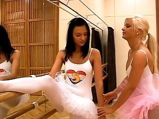 Hot ballet dancers do some stretches and eat some pussy
