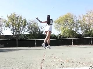 PAWG Paige Turnah outdoor tennis lessons turn in a pussy masturbation