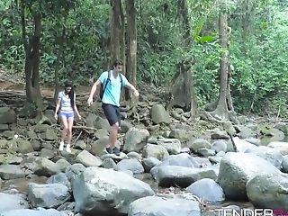 Sensual hottie Alexa Tomas bounces on a stiff rod outdoors