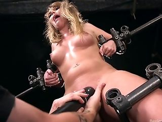 Bootyful chick Harley Jade gets her pussy punished in the torture room