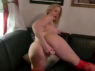 My latest camshow. Hope you enjoy.