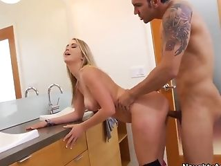 Marco Rivera fucks Mandy Armani from behind