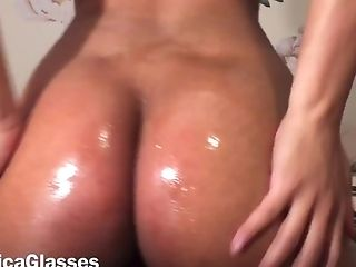 Oiled Ass Hairy Pussy Twerking