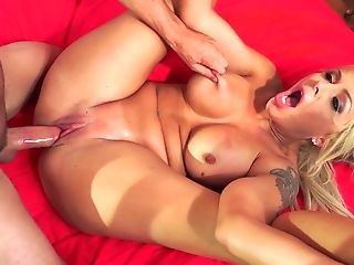 Busty sweetheart Nina Elle attacked by a cunt craving lover