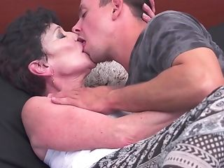 Stepmom Jaclyn cannot have enough of her stepson's hard rod