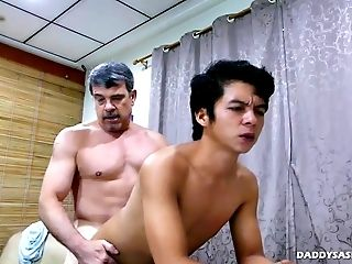 Daddy Mike Fucks Asian Boy George