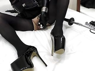 ANAL PUMP + Sex Machine = SHEMALE CUMS HOT! Veronica Taboo relaxes after hard work as a Mistress!